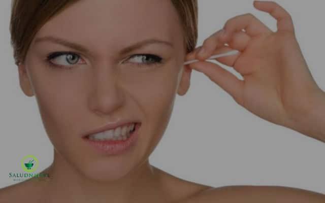 como sacar el agua del oído rápido