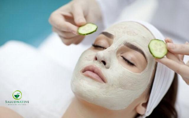 pepino y vitamina E para eliminar arrugas de los ojos