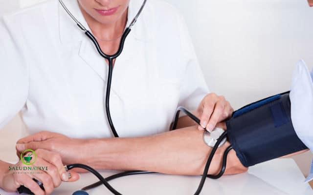 como la medicina ayurvedida controla la presion arterial